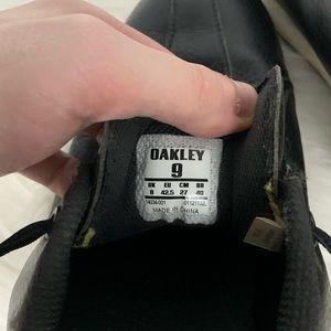 Oakley Shoes - Oakley | Black Leather Athletic Golf Shoes SZ 9